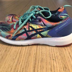 Really nice, running shoes for Women Girls ASICS